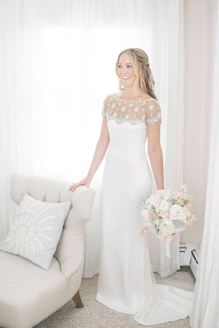 Marchesa Wedding Gown   Photography: Kelly Kollar. Love the lace detail and the way this dress falls, very elegant.