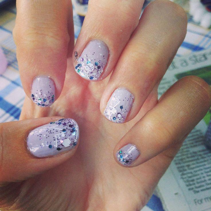 Glitter gradient purple nail art
