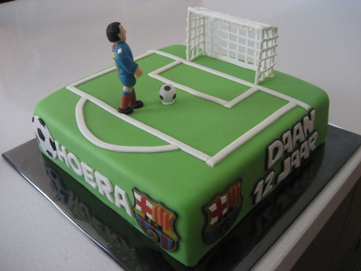 Soccer cake Más