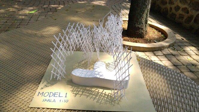Model 1: Bentuk menyerupai dome dengan kolom berupa multilayer (terdiri dari 2 layer dengan sambungan jigokugumi)