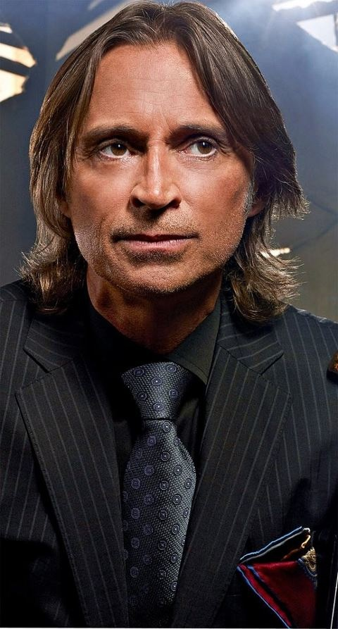 Robert Carlyle - Mr. Gold / Once Upon a Time: One of the most incredible actors. He is definitely one of my idols.