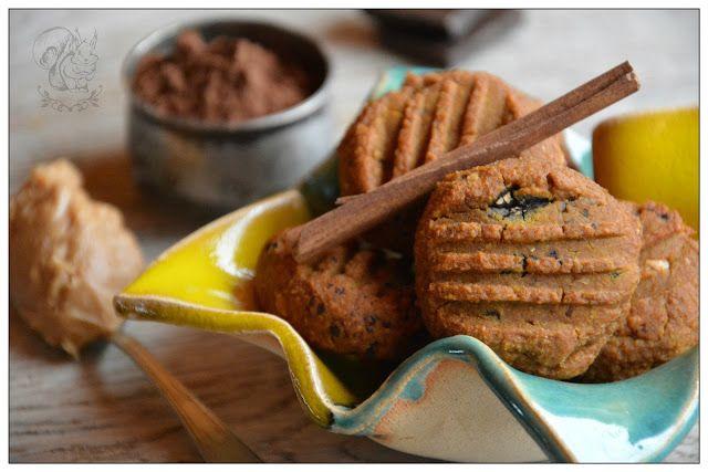Dyniowe, bezglutenowe ciastka orzechowe z kawa i bakaliami