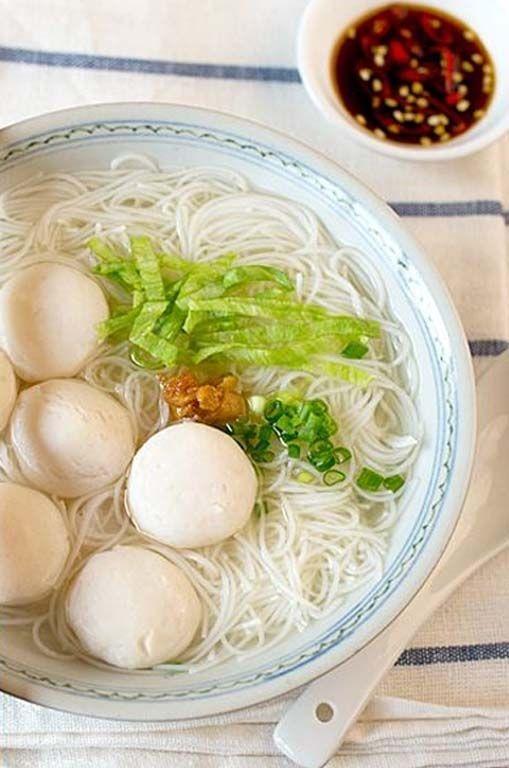 Fish Ball Soup (魚丸湯).