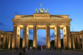 GERMANY: the Brandenburg Gate, a proud monument to german history.