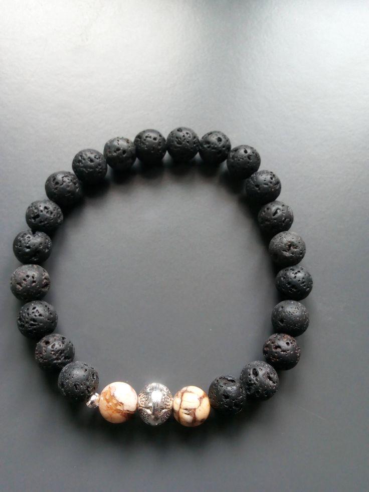 Voici ce que je viens d'ajouter dans ma boutique #etsy : 1373 - bracelet homme, en pierre de lave et jaspée blonde http://etsy.me/2FexiJh #bijoux #bracelet #noir #oui #garcons #jaspesanguin #non #beige #rond