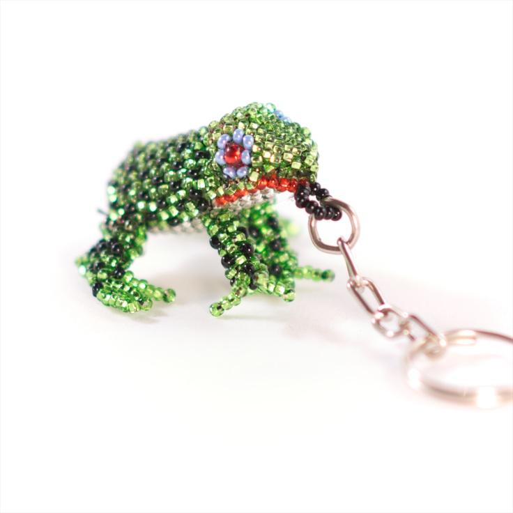 Grön #giftgroda, utan gift. #Nyckelring från #Masomenos.