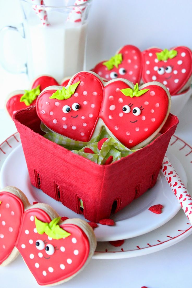 Strawberry Sweetheart Cookies by Munchkin Munchies. #decor_cookies_etsy