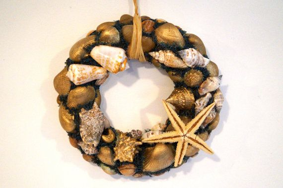 Vintage  Decoration Snails and  starfish wreath. by vintagdesign