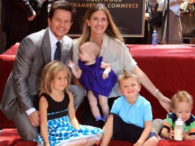 actor Mark Wahlberg shared a bedroom with 5 brothers and his 3 sisters shared a room. mark wahlberg and family