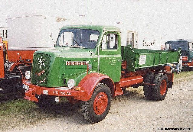 Henschel HS 120
