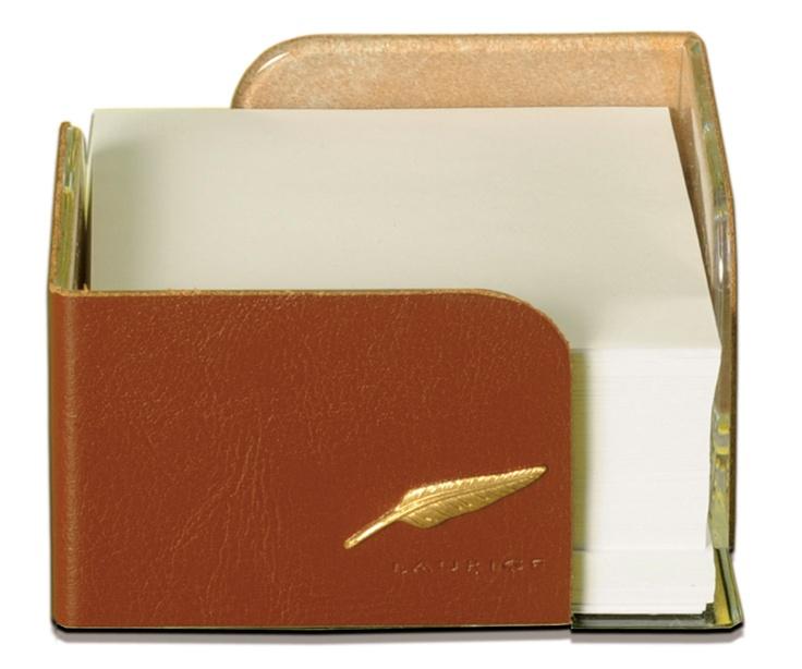 bloc cube cuir refente de vachette gamme h ritage ligne windsor disponible en 4 couleurs. Black Bedroom Furniture Sets. Home Design Ideas