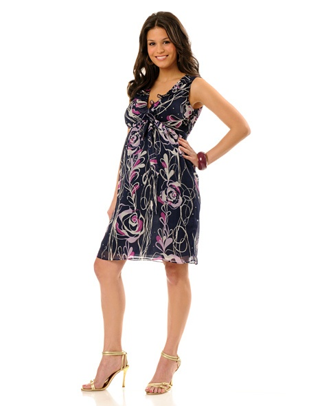 Super cute and affordable maternity dresses.