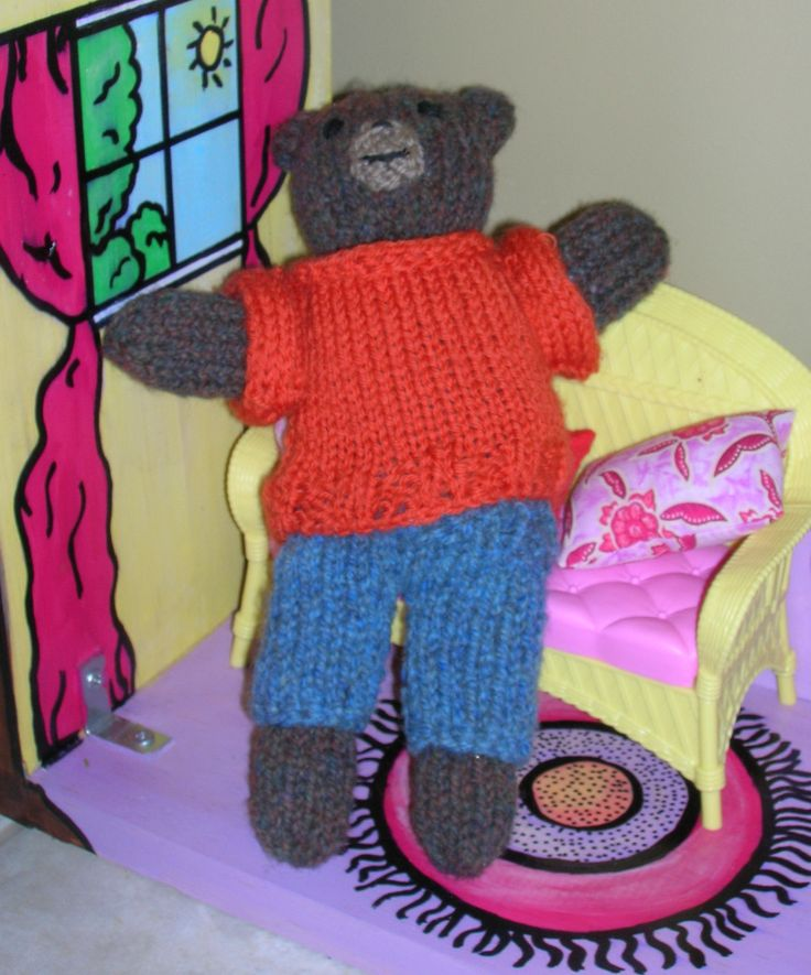 petit ours brun.. Tricot main