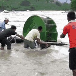 This hydro wheel can pump water to nearest farms and villages at no operating costs! : interestingasfuck