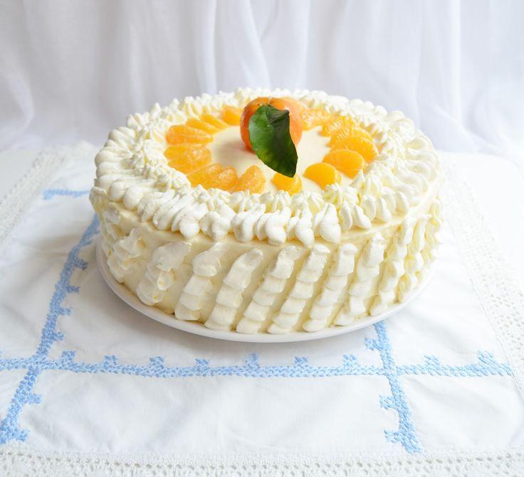 Biochimist La Cratita: Tort cu crema de gutui si clementine