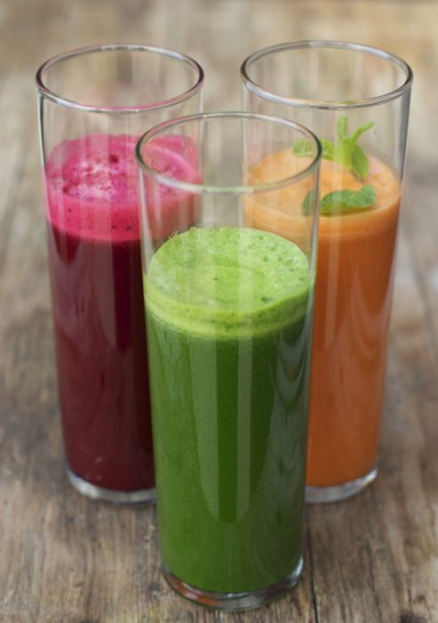 Fresh kale, carrot and beet juices