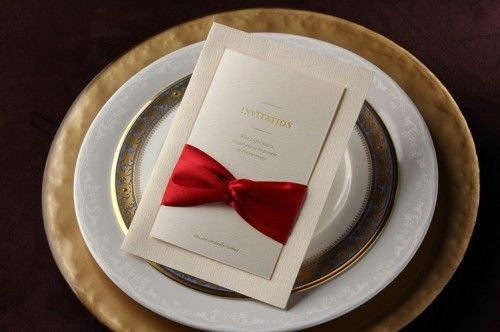 An elegant and classy design invitation , for a business affair, and engagement or wedding. Wow your guests with this elegant invite. A red double bow detail at the front gives it a classic look, and