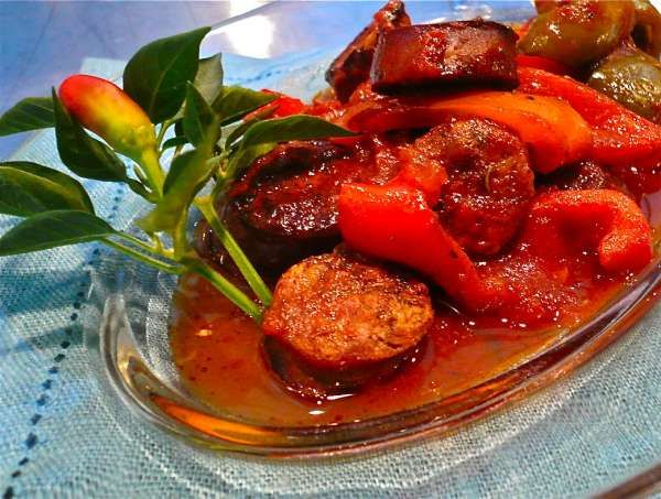 Spicy Greek Recipe for Sausage-Σπεντζοφάι!