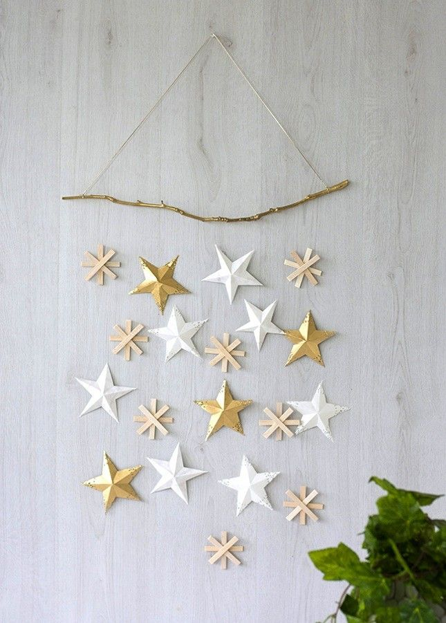 celebrate under the stars with these 20 celestial holiday decorations - Christmas Wall Decor