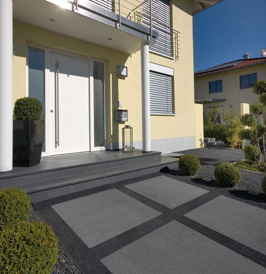 vianova maxx gehwegplatten in basananthrazit kugelgestrahlt platten terrasse pinterest. Black Bedroom Furniture Sets. Home Design Ideas
