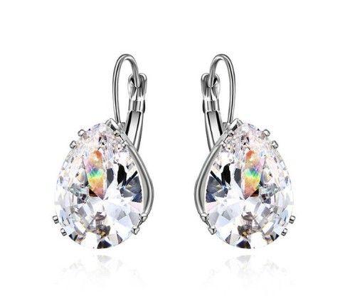 Cercei mireasa cu cristale http://www.bijuteriifrumoase.ro/cumpara/cercei-perfecti-mireasa-3266