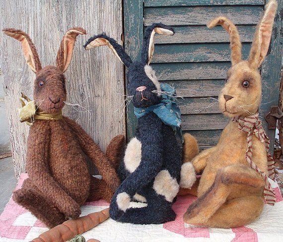 Primitive E-Pattern Grungy Bunny Rabbit and Carrot Doll PDF. $8.00, via Etsy.