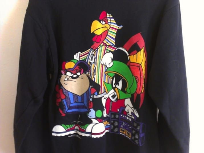 """6 Compelling Reasons To Wear A Hip-Hop """"Looney Tunes"""" T-Shirt Today"""
