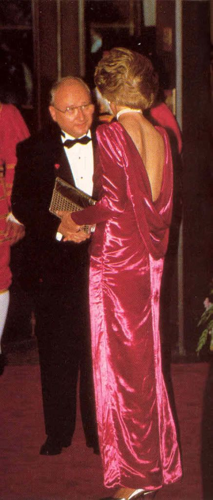 November 12, 1985: Prince Charles and Princess Diana arrive for a dinner at the Breakers Hotel in Palm Beach, Florida. The dinner is in honor of Dr. Armand Hammer, Chairman of the Board of Occidental Petroleum and honorary board chairman of Armand Hammer United World College.