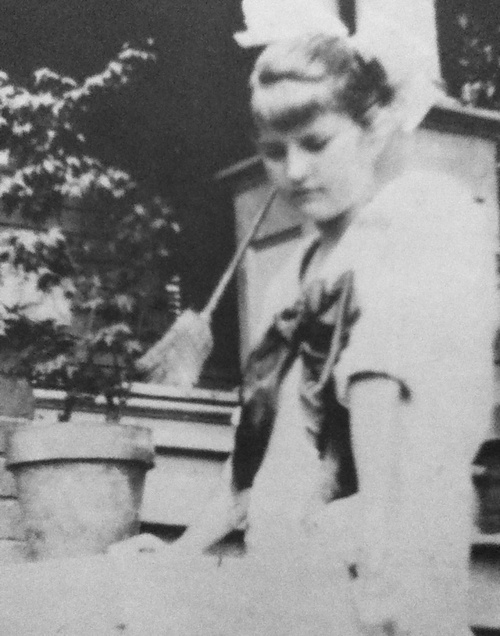 1920s lost generation and f scott The lost generation became disillusioned after their traumatic experiences that they  f scott fitzgerald, john  the lost generation and 1920s.