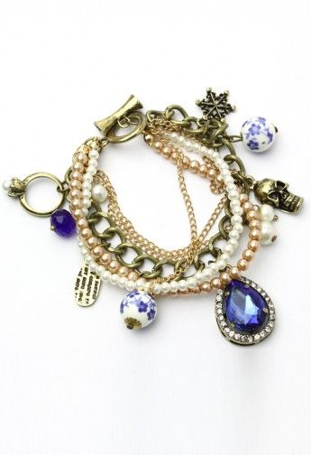 Pearl Chain Bracelet with Skull and Porcelain Jewels