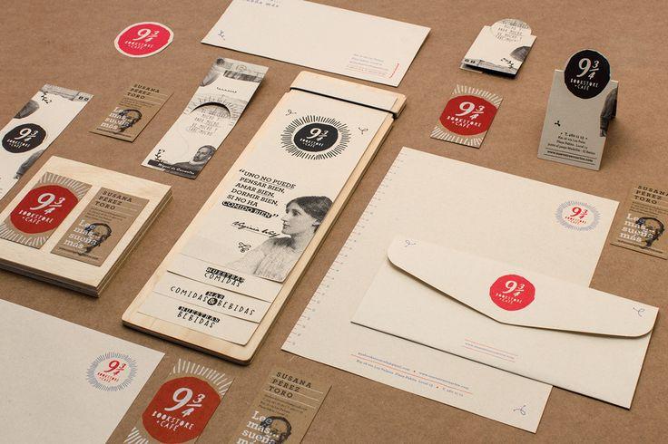 9 3/4 Bookstore Café #plasmanodo #historiascoherentes #medellin #colombia #design #diseño #logo #branding #cafe #libreria #bookstore