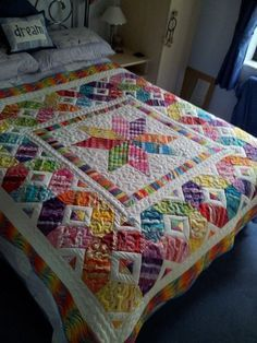 Scrappy espectáculo Quilt - Right Here !! :) - Página 243: Looks like carpenters Star and strip tube combined