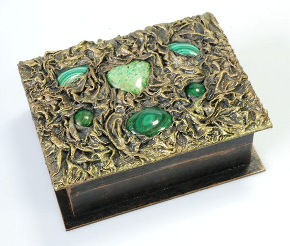Repin Antique jewelry box от Templation на Etsy https://www.etsy.com/ru/listing/168070442/antique-jewelry-box?ref=related-0.  $180.00