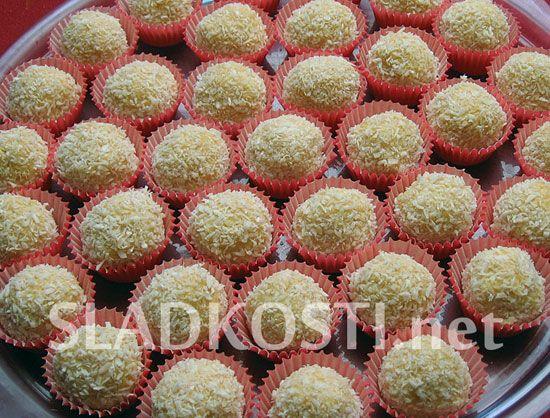 Kokosové kuličky s krémem