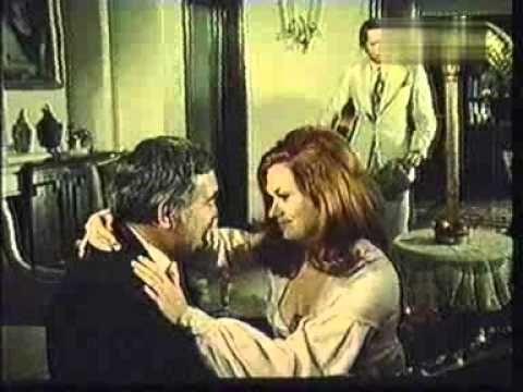 Asta seara dansam in familie (1972) cu Dem Radulescu, Sebastian Papaiani. Temistocle T. Temistocle şi Alecu A. Alecu, doi logodnici de profesie, colindă prin ţară pentru a escroca femeile dornice să se mărite. În plasa celor doi Don Juani care se prezintă drept persoane respectabile cad numeroase victime de diferite vârste, de la care aceştia reuşesc să obţină importante sume de bani în schimbul promisiunilor de căsătorie.