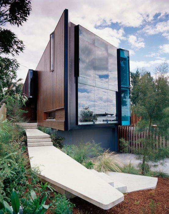 Amazing reflective surface // City Hill House - John Wardle Architects