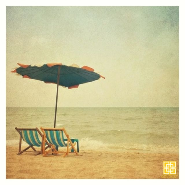 GOLDEN olden beach days.. | GOLD | FEEL LIKE GOLD | 24K GOLD | BEAUTY | SKIN CARE | BODY CARE | NAIL CARE | BODY & BEAUTY PRODUCTS | FACIAL | MASSAGE | MANICURE | PEDICURE | NAIL POLISH | HAIR SPA | TREATMENTS | RELAX | PAMPERING | LUXURY | INDULGE | JEWELRY | RESORT WEAR | HEALTHY GLOW | WELLBEING | SPA | DAY SPA | BEAUTY LOUNGE | BEACH | SUNSET | TROPICAL | SUMMER | CANGGU | BALI | INDONESIA
