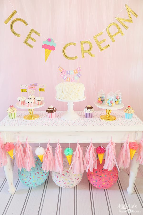Ice Cream Party Table