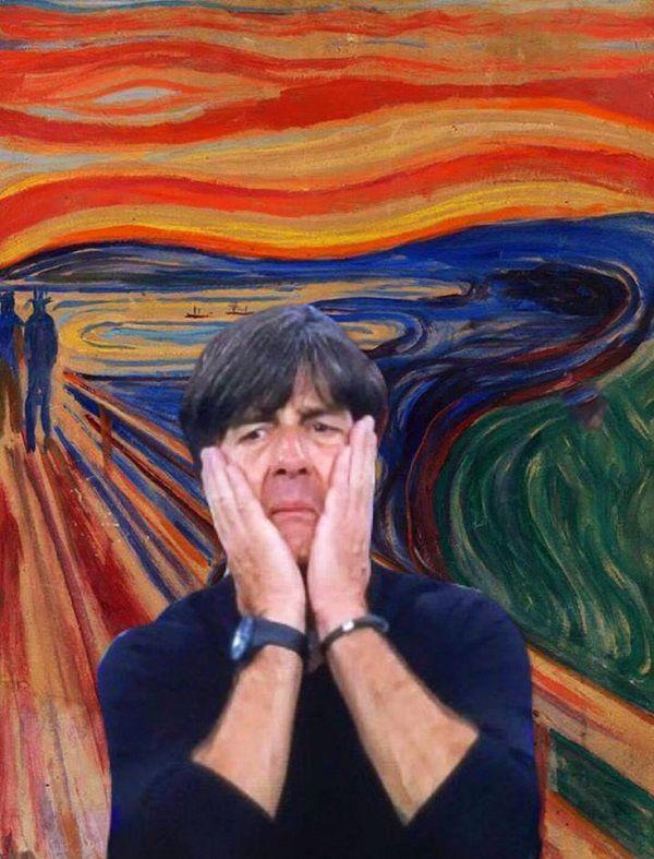Trener reprezentacji Niemiec załamany po końcowym gwizdku • Joachim Loew po meczu Niemcy Francja czyli bohater obrazu Krzyk • Zobacz >> #low #memes #football #soccer #sports #pilkanozna