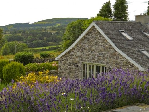Irish Cottages for Sale in Ireland  I'd love to own this, I'd never leave..