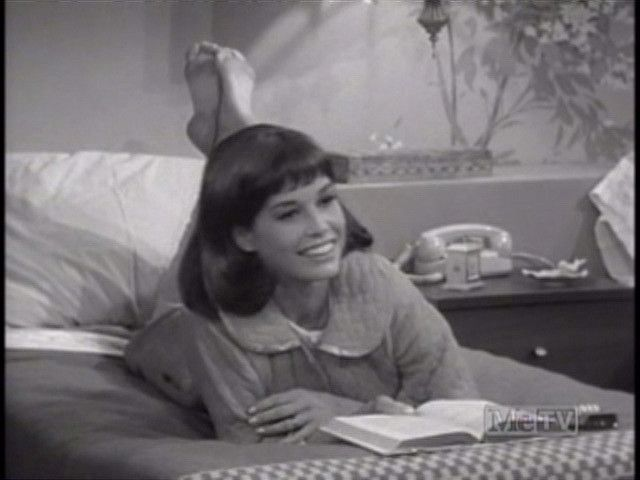 Share Rate And Discuss Pictures Of Mary Tyler Moore S Feet On Wikifeet The Most Comprehensive Celebrity Database To Ever Have Existed