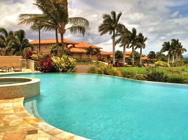 Detached Homes That Are Really Condos Usually Come With Great Pool And Spa Areas Like This Maui Hotelsmaui