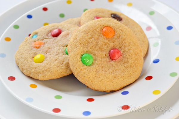 MM Cookie Recipe - fluffy, chewy and moist - There is a whole science behind it! Very interesting chart.
