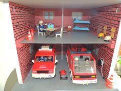 Une caserne de pompier à partir d'une table de chevet - playmobil