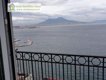 Napoli vendesi Posillipo panoramico 100mq studio Musco Napoli