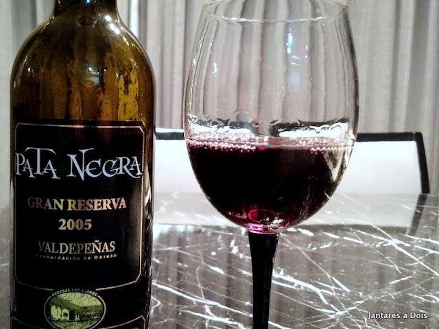 Vinho Tinto Espanhol Pata Negra