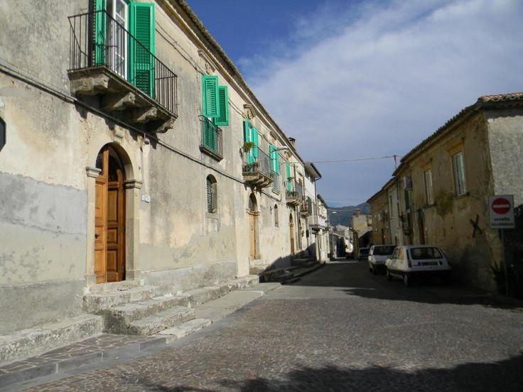 Dimora del 1800 in un posto incantevole... www.remax.it/21881041-111