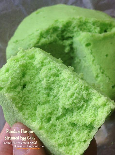 Cuisine Paradise | Singapore Food Blog | Recipes, Reviews And Travel: Pandan Flavour Steamed Egg Cake - 香兰口味的蒸鸡蛋糕