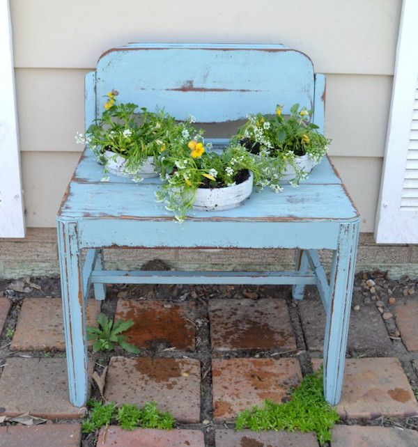Upcycled garden garden benches and garden ideas on pinterest for Upcycled garden projects from junk