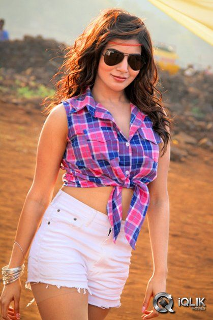 Sizzling Samantha Ruth Prabhu in Sikindar. http://www.iqlikmovies.com/gallery/actress/Samantha